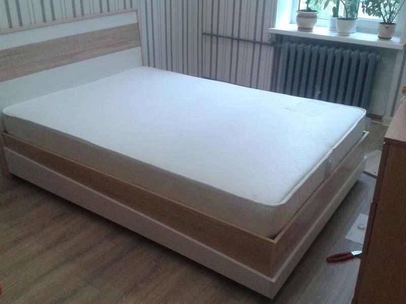 Как сделать современную кровать